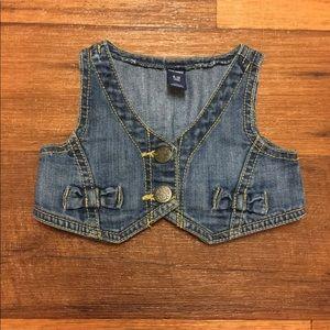Old Navy Cute Denim Vest For Baby Girl Size 6-12